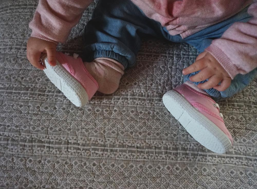 PISAMONAS-scarpe-neonata